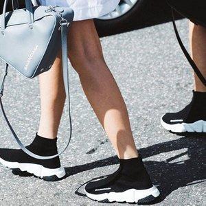 7折 T恤多色可选Balenciaga 巴黎世家专场 收袜靴、logo卫衣