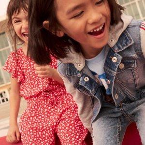 低至3.3折 $5收T恤H&M 童趣十足 $13收独角兽连衣裙、 $14收汉堡双肩包