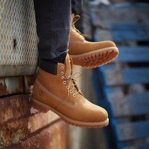 低至5折+2件额外8折 拼色大黄靴仅€67Timberland  秋冬卫衣、靴子、配饰 大童款大黄靴黄金码速收