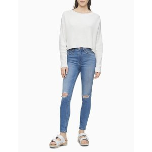 Calvin Klein牛仔裤