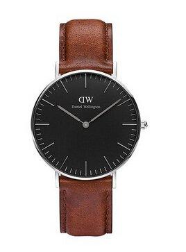 ¥699包邮丹尼尔•惠灵顿 DW 黑表盘 皮表带 女表