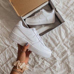 $83起+免邮Nike官网 男女款爆款 Air Force 热卖 Ins博主和明星的最爱