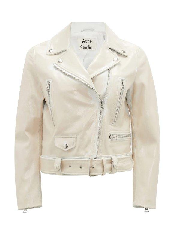 白色皮衣外套
