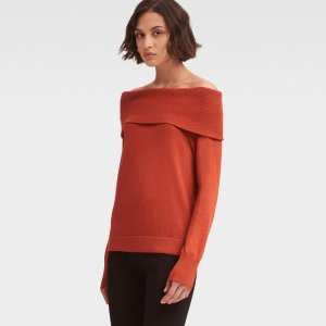 DKNYOFF-THE-SHOULDER SWEATER