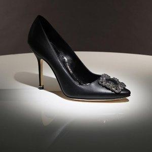 4折起 杏色绒面高跟鞋$561Manolo Blahnik 仙女钻扣鞋惊喜促 闪片钻扣高跟鞋直降$400+