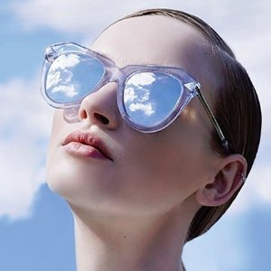 Up To 50% OffSunglasses Sale @ Barneys Warehouse