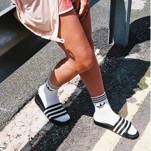 一律5折+任意单包邮adidas官网 男女潮拖、澡堂拖鞋半价收