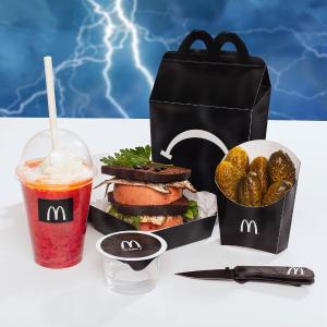 属于成人世界的暗黑系美食McDonald's 爱沙尼亚说唱歌手TOMM¥ €A$H带来伤心乐园餐
