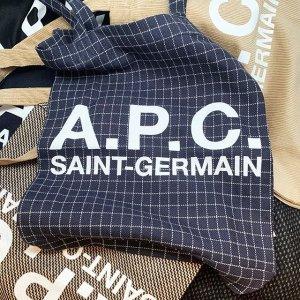 全场7.5折 £221收半月包A.P.C 简约包包限时折扣 法国性冷淡风时尚品牌