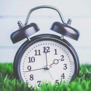 少睡一小时2019年的夏令时马上要来啦 又到一年调表时
