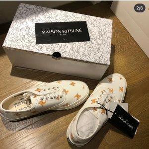 Maison Kitsune小白鞋