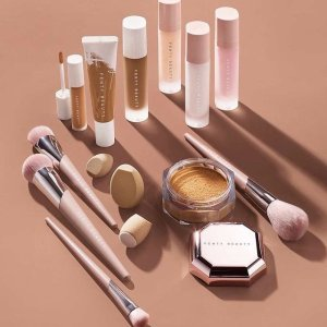 低至5折 + 满送彩妆3件套最后一天:Fenty Beauty 劳工节精选彩妆护肤热卖 收新款唇膏