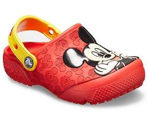 Ending Soon:Up to 35% OffKids Footwear Holiday Countdown Sale @ Crocs