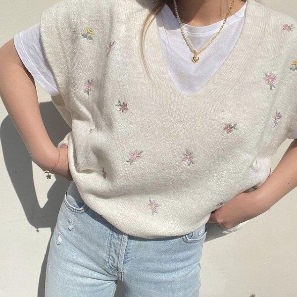 花卉刺绣针织背心