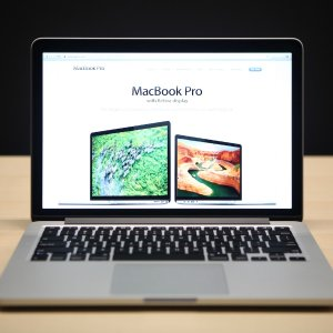 Free of charge13-inch MacBook Pro (non Touch Bar) Battery Replacement Program