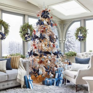 30% offHoliday Decor on Sale @ Frontgate