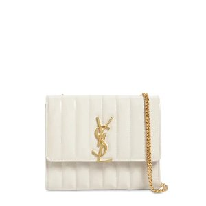 Saint Laurent40% OFF with $1000VICKY PATENT LEATHER LOGO BAG