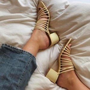 低至3折+新人9折 £25收复古芭蕾舞鞋上新:&Other Stories精选美鞋私密大促开启 收超火的细带凉鞋