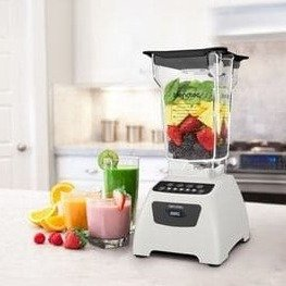 Blendtec Classic Bundle with Wild-Side and Jar and Spoonula, Black