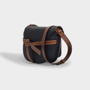 Loewe黑棕拼色马鞍包
