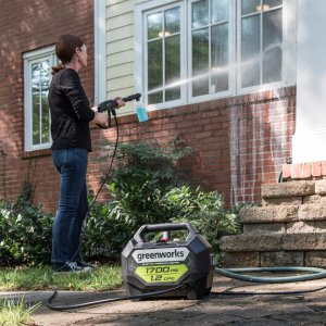 $79(原价$119)Greenworks 电动高压冷水清洗机