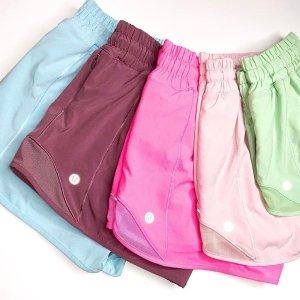 $39起+包邮上新:Lululemon 女款夏季糖果色 Hotty Hot小短裤热卖