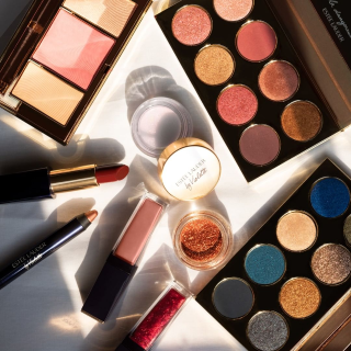 Receive 3 full sizes plus an illustrated bagWith $39.5 Estée Lauder purchase @ Belk