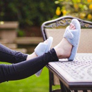 8折+免邮 Sale区也参加Acorn 舒适家居鞋全场促销 选择舒适,如踩云端