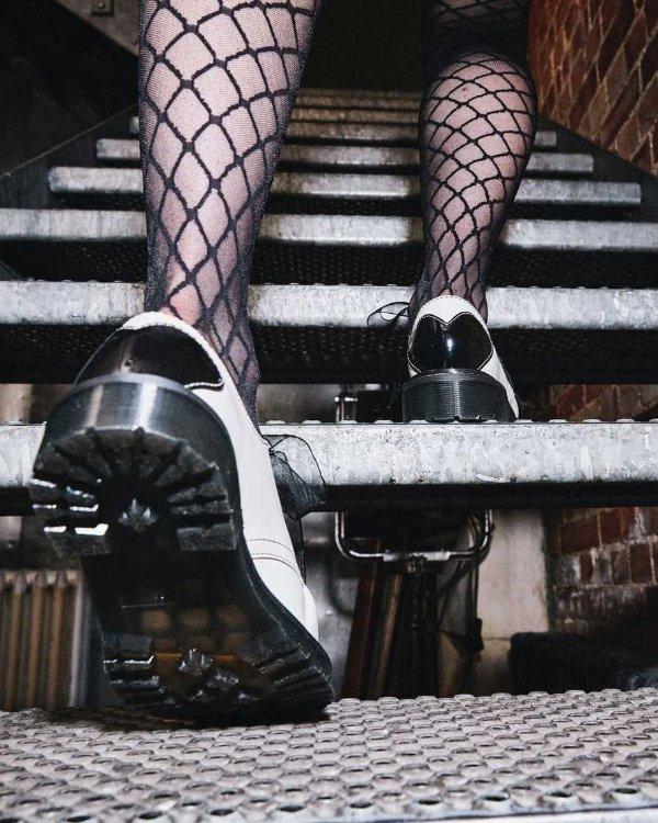 丝带3孔马丁靴