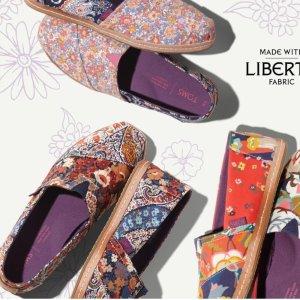 低至6折,新款加入Toms 官网折扣区 休闲美鞋特卖
