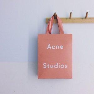 低至3折 €92收高领打底衫Acne Studios 北欧简约风品牌热卖 收百搭毛衣、外套