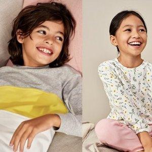 买2件立减$10 内裤3条$7.9UNIQLO 儿童新款家居服优惠
