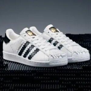 7月30日开售 收藏不错过Adidas x LEGO® 合作款贝壳鞋即将上市 这双真的可以穿