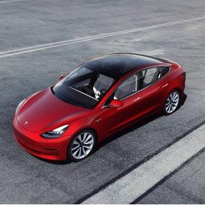 马斯克: 卖车和发火箭也差不多Tesla Model 3 单月销量再创新高