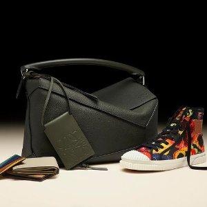 5折起+额外8.5折Loewe 美包鞋履上新 新款针织$544、卡包三色可选$189