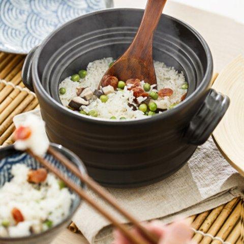 整套直邮包税价€54.45万古烧日本砂锅 大黑米饭锅+饭勺 做好吃米饭的土锅神