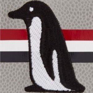 满额8.5折 Logo衬衣最后一件Thom Browne 新品大促进行中 收衬衣、外套、卡包等必备单品