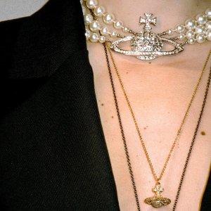 全部7折 $73收土星耳钉Vivienne Westwood西太后 十月新品闪促 收绝美小土星饰品