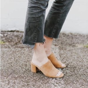 Today Only: SHOESDAY FLASH SALEUP TO 60% OFF SELECT STYLES @ Kenneth Cole