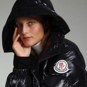 新人8.5折Moncler 羽绒服、保暖服饰专场 羽绒白色羊毛夹克$760