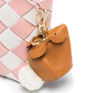 新款9折 €299.7收封面同款Loewe 小象萌兔动物小包专场 秋冬就要萌翻你