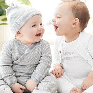 和尚服 连体爬服低至$2.8Carter's 初生系列爬服 温暖无束缚 每个宝宝都该拥有