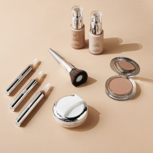25% OffPÜR Sitewide Skinacre and Beauty on Sale
