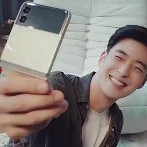 James同款 另有高达€150返现全新Samsung Galaxy Z Flip 3/Fold 3 哥哥们的折叠屏手机