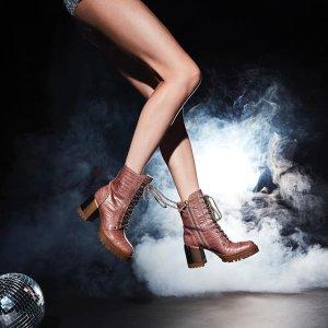 无门槛5折 马丁雨鞋£170折扣升级:Casadei 意大利手工美鞋季中大促 霉霉、贝嫂的选择
