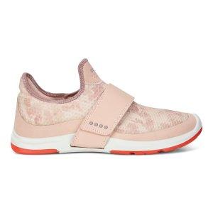 ECCO休闲鞋
