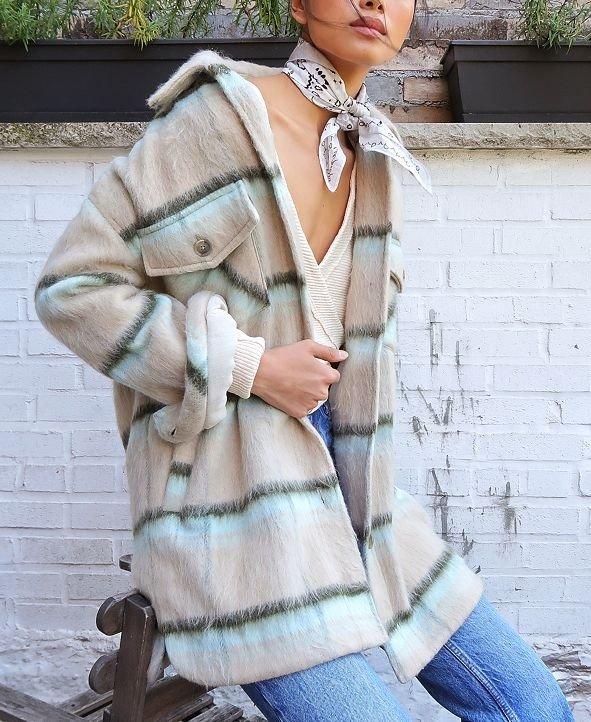 休闲格子外套