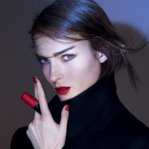 全线无门槛8.5折 £24收红、黑管唇釉!Armani 阿玛尼全线彩妆折扣热卖 热门色号全速收!