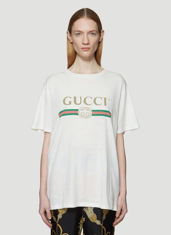 白色logoT恤