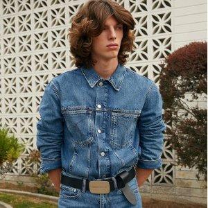 低至$27.99  (官网售价$148)Calvin Klein 男士牛仔外套热卖